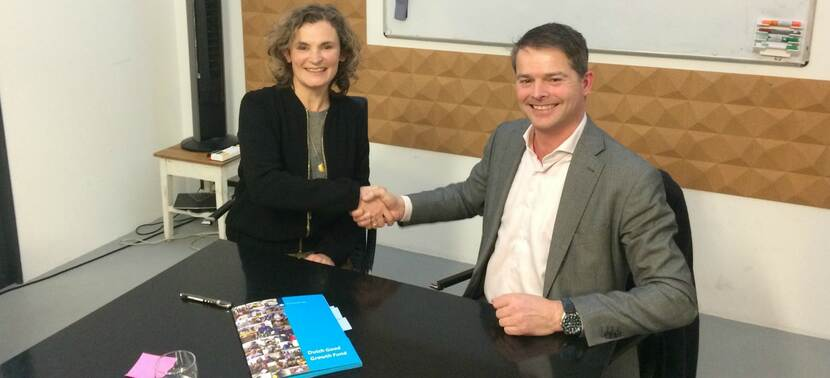 Photo of Fairphone signing